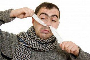 У мужчины проблемы с носом