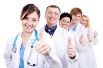 Пять довольных врачей