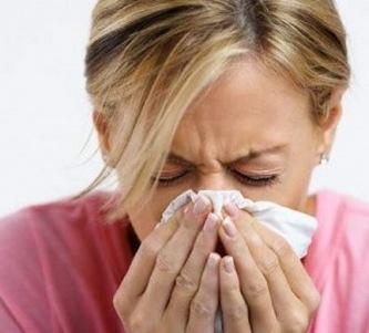 насморк - одна из причин заложенности носа
