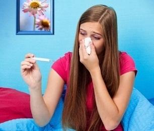 У девушки высокая температура