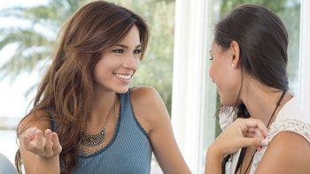 Подруги обсуждают Ксимелин