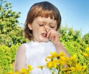 У девочки аллергия на пыльцу