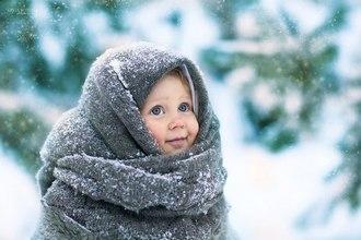 Девочка зимой на улице
